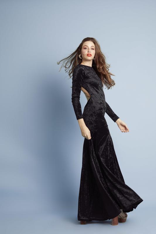 EVA VELVET BLACK LONG DRESS